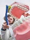 Pořadatelé sbírky shánějí také prostředky k ústní hygieně. Ilustrační foto