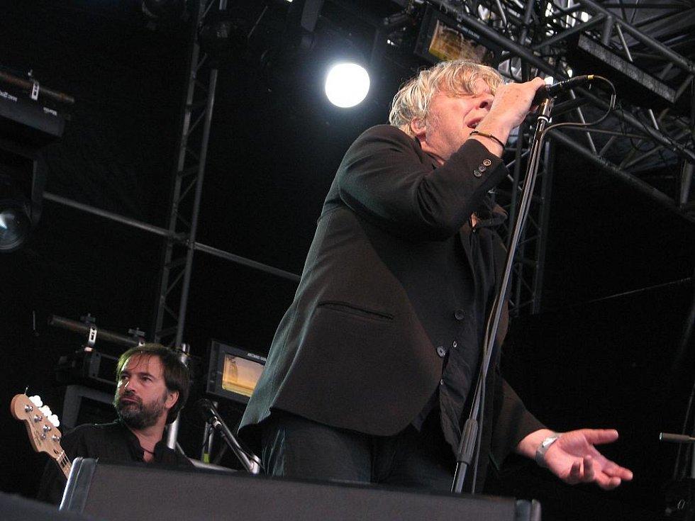 Belgický rockový šansoniér Arno