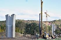 Stavba mostu u Velemyšlevsi