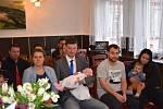 Obec Žiželice na Žatecku přivítala do svých řad tři nové občánky ze spádových obcí Hořetice a Stroupeč.