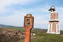 Křížová cesta v Kryrech.