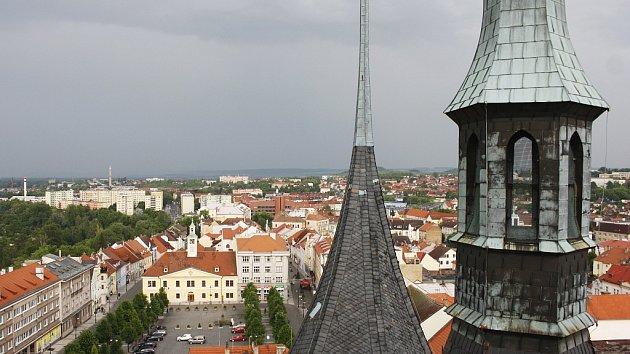 Vyhlídka z věže Chrámu sv. Mikuláše v Lounech