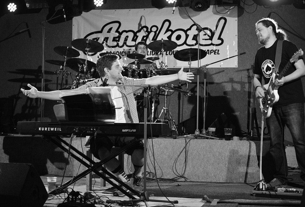 Vystoupení Furt Rovně na Antikotli 2017
