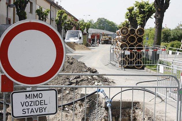 Rekonstrukce kanalizace a vodovodu vlounské ulici Českých Bratří