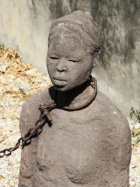Zanzibar, město Stone Town, kde býval obří trh s otroky - slave market