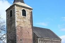 Románský  kostel sv. Jakuba Většího ve Vroutku.