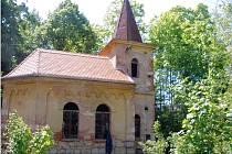 Kaple svaté Anny v Čárce u Siřemi na Podbořansku.