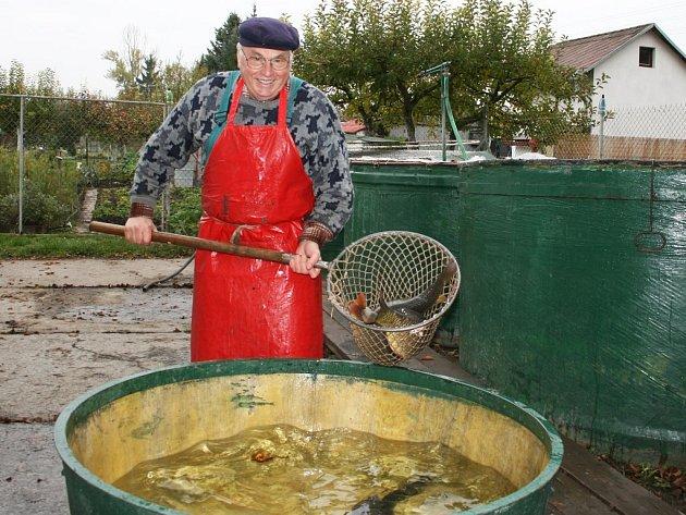 Jaromír Novák, majitel rybárny v Lounech.