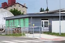 V Podbořanech se staví nové zázemí pro cestující z autobusového nádraží.