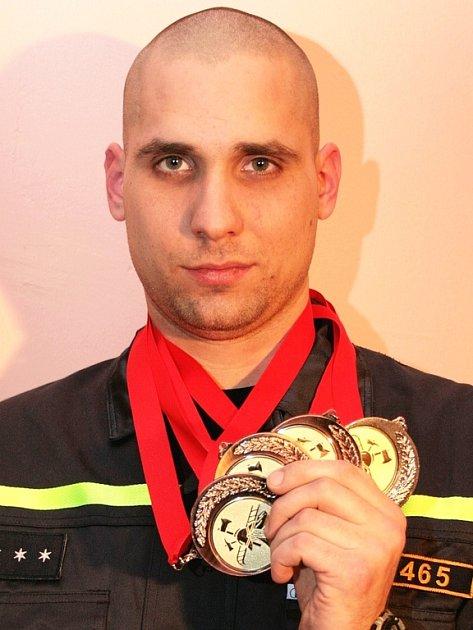 Ondřej Payma s medailemi.