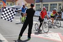 Závody European Handbike Circuit v Lounech. Vložený závod koloběžkářů