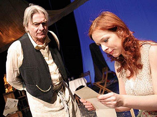 Snímek ze hry Marius a Fanny.