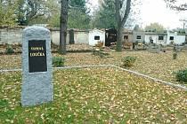 Nová vsypová loučka na hřbitově v Postoloprtech