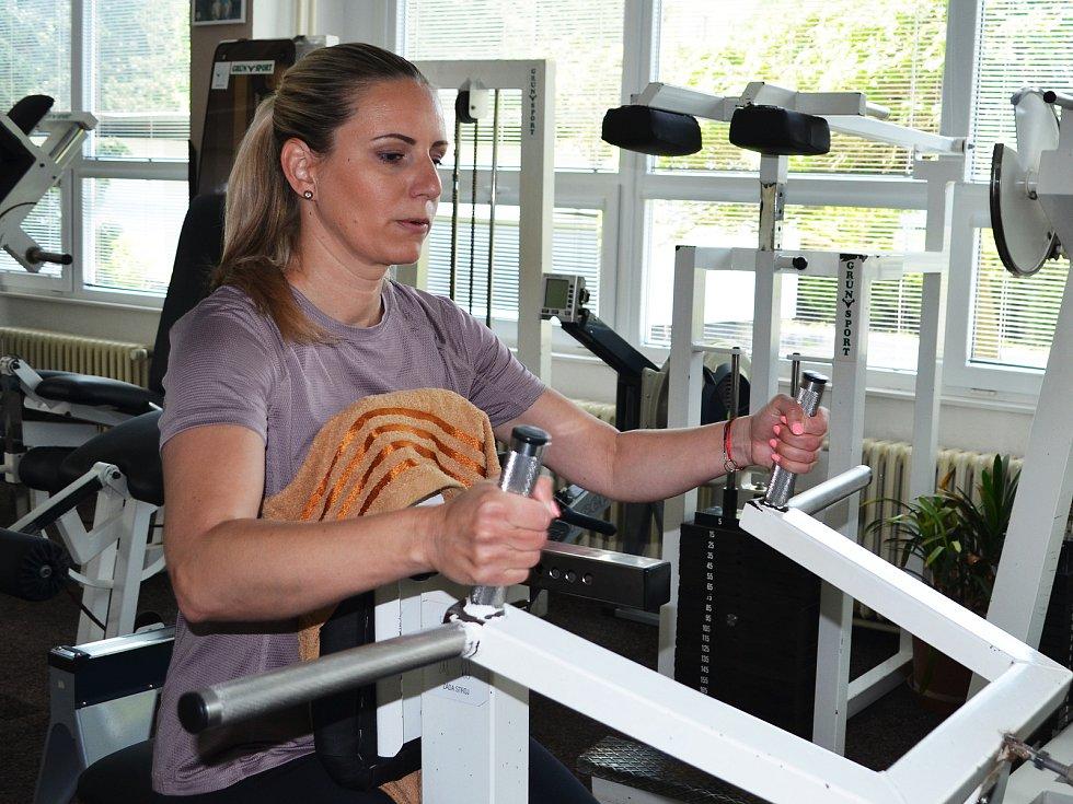 Alena Davidová v lounském Fitness studio Hofmannovi.