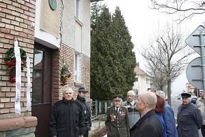 Setkání u rodného domu Otakara Jaroše v Lounech