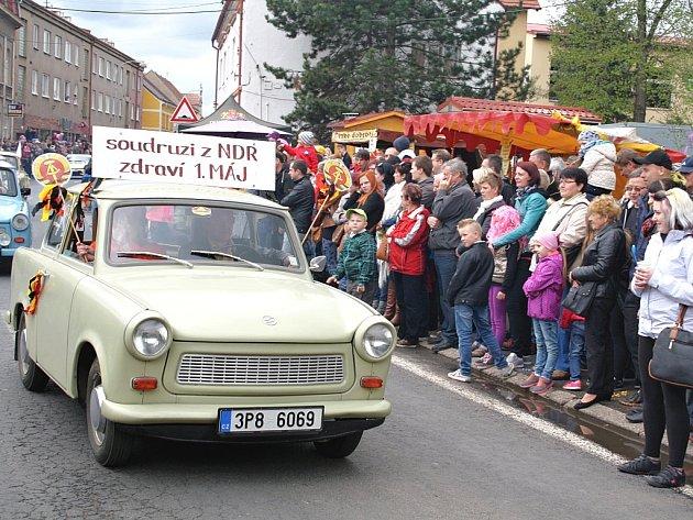 První máj 2015 - oblíbené slavnosti v Kryrech.