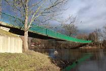 Most přes Ohři v Radonicích, o jehož stavu se bude rozhodovat.