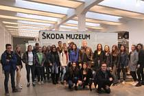 Studenti ze Žatce vyrazili na exkurzi do Mladé Boleslavi.