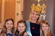 Jarmila Jaroschová ze Základní školy Husova v Podbořanech se stala vítězkou ankety Zlatý Ámos v Ústeckém kraji.