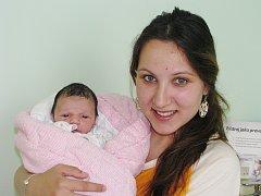 Mamince Růženě Dujsíkové ze Žatce se 9. května narodila dcera Stefanie Dujsíková. Měřila 46 centimetrů, vážila 2,76 kilogramu.