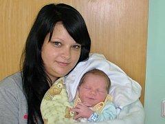 Daniel Nousek se narodil 7. června 2016 v 8.29 hodin rodičům Gabriele Slachové a Miloslavu Nouskovi z Holedeče. Vážil 3480 gramů a měřil 51 centimetrů.