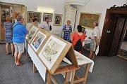 Tři výstavy nabízí v nové turistické sezoně raně barokní zámek v Pátku na Lounsku.