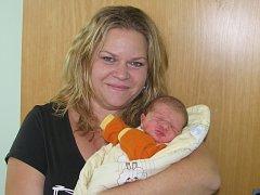 Mamince Aleně Jedličkové z Kryr se 11. ledna 2016 ve 12.52 hodin narodil synek Jaromír Jedlička. Vážil 3,1 kilogramu a měřil rovných 50 centimetrů.