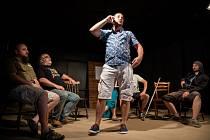 21. července proběhne v Žatci v Chrámu chmele a piva po delší coronapauze úspěšné představení Kurz sebedestrukce divadelního spolku Opera Žatec.