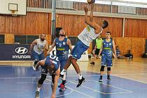 Lounská sportovní hala hostila turnaj v trojkovém basketbalu s mezinárodní účastí. Mezi 16 celky byla reprezentace České republiky, Slovenska i Německa.