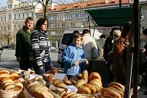 Farmářské trhy v Lounech. Archivní foto