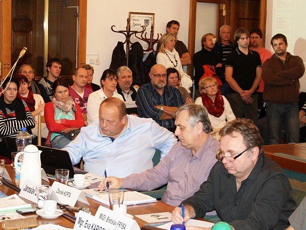 Žatečtí zastupitelé schválili ve středu 17. prosince rozpočet města na příští rok