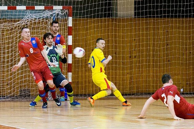 Utkání reprezentace ČR (včerveném) proti Rumunsku