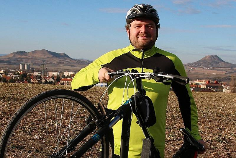 Pavel Brož je vedoucím pelotonu při náročné akci Dobroděj na kole