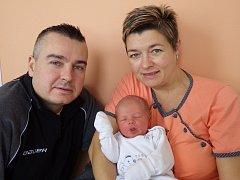 Rodičům Kateřině Jesínkové a Jaroslavu Penkrtovi z Vroutku se v kadaňské porodnici 17. ledna 2016  ve 12.56 hodin narodil synek Martin Jesínek. Vážil 3,81 kilogramu a měřil 52 centimetrů.