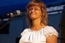 """Pavlína Jíšová je označována jako """"první dáma folku""""."""