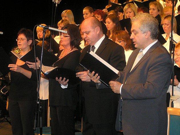 Adventní koncert v lounském divadle