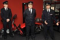 Žatecké profesionální hasiče navštívil generální ředitel Hasičského záchranného sboru ČR Drahoslav Ryba (uprostřed)