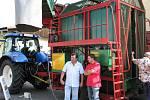 Setkání chmelařů ve Stekníku doprovodila výstava zemědělské techniky.