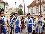 Připomínka odhalení a stržení sochy císaře Josefa II. na žateckém náměstí.