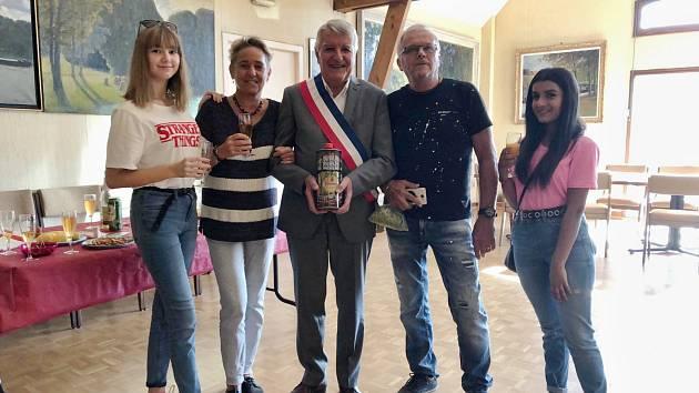 ZUŠ Louny a gymnazisté v partnerském městě Veneux – Les Sablons