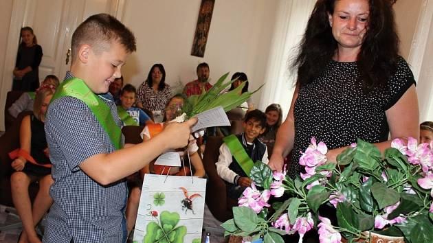Páťáci se rozloučili se ZŠ v Liběšicích