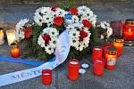 Úterní podvečerní vzpomínka na výročí 17. listopadu se vLounech konala vkomorní atmosféře.
