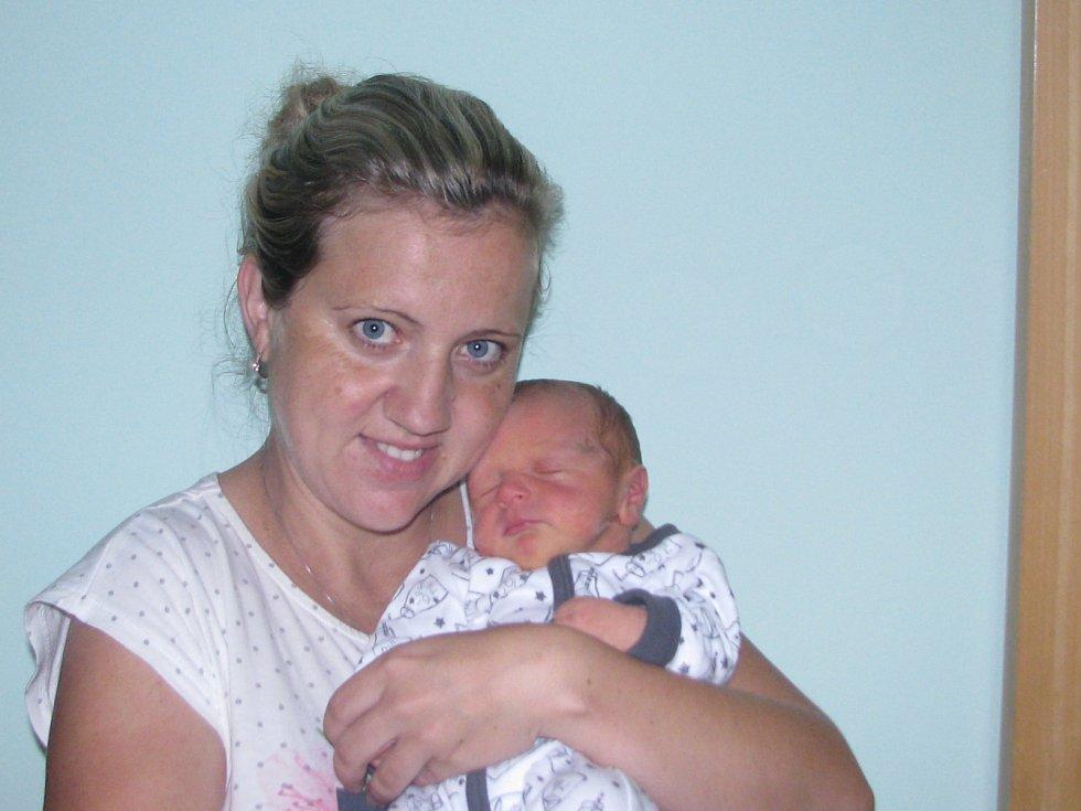 Martin Štancel se narodil matce Anně Štancelové z Liběšovic dne 31.7. v 9.40h, váha 3450 a 50cm