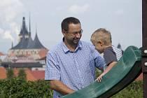 Michal Kučera se synem v Lounech