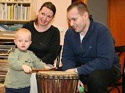 Dvouletého Michaela Horníka přivedli rodiče Jana a Miroslav