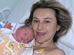 Mamince Nikole Vorlíčkové z Chomutova se v žatecké porodnici  25. února 2015 v 08.04 hodin narodil synek Matěj Matkovčik.  Vážil 2975 gramů a měřil 47 centimetrů.
