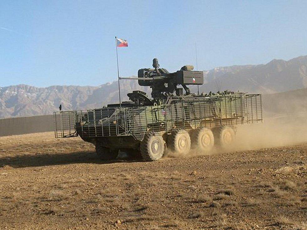 Obrněný transportér Pandur.