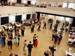 Ples v kulturním domě Zastávka v Lounech. Ilustrační foto