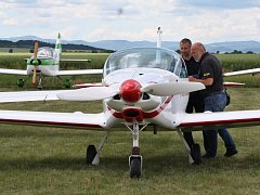 Tradiční slet ultralehkých letadel na letišti Macerka