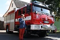 Dobrovolní hasiči z Vroutku mají zbrusu nový zásahový vůz.